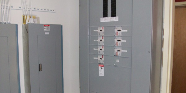 Homes2Suites_Electrical_Panel11